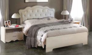 מיטה שקד